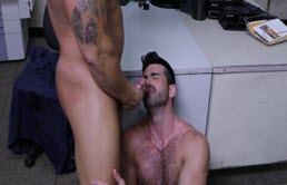 Hairy passive ass fucked by a muscular guy at the office