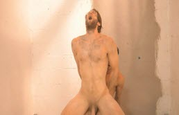 Mature man fucked by a sexy active