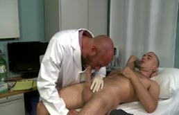 Dirty guy anal fucks his doctor
