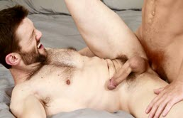 Two hunky guy hook up and have anal sex