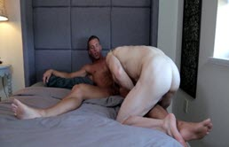 Versatile blonds fucks his friend