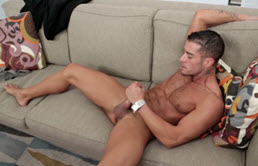 Masturbation scene with perverted gay